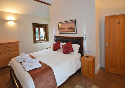 Double-Bedroom-2-Leat-House-Farwood-Holiday-Cottages-Devon