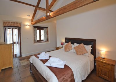 Double-Bedroom-Wheel-House-Farwood-Holiday-Cottages-Devon