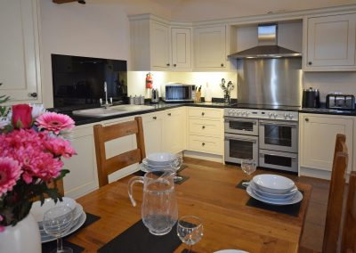 Kitchen-Dining-2-Wheel-House-Farwood-Holiday-Cottages-Devon