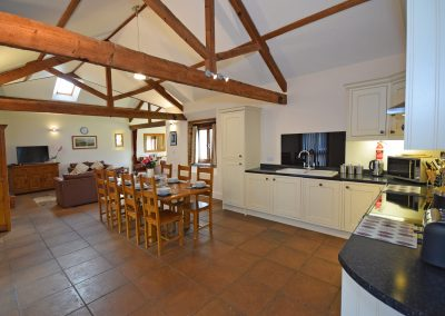 Open-Plan-Living-Wheel-House-Farwood-Holiday-Cottages-Devon