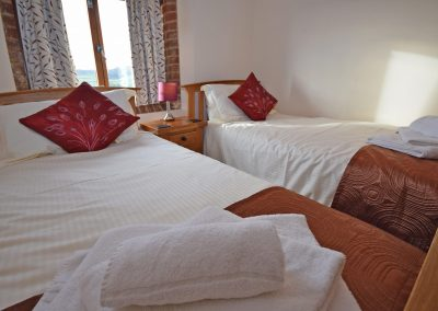 Twin-Room-Wheel-House-Farwood-Holiday-Cottages-Devon